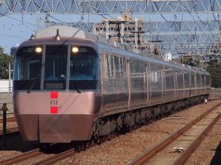 小田急電鉄30000系電車-5.JPG